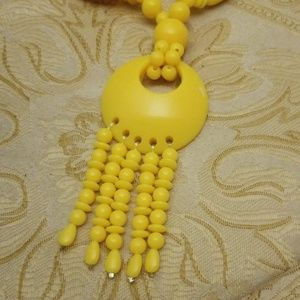 Vintage yellow necklace PM 650